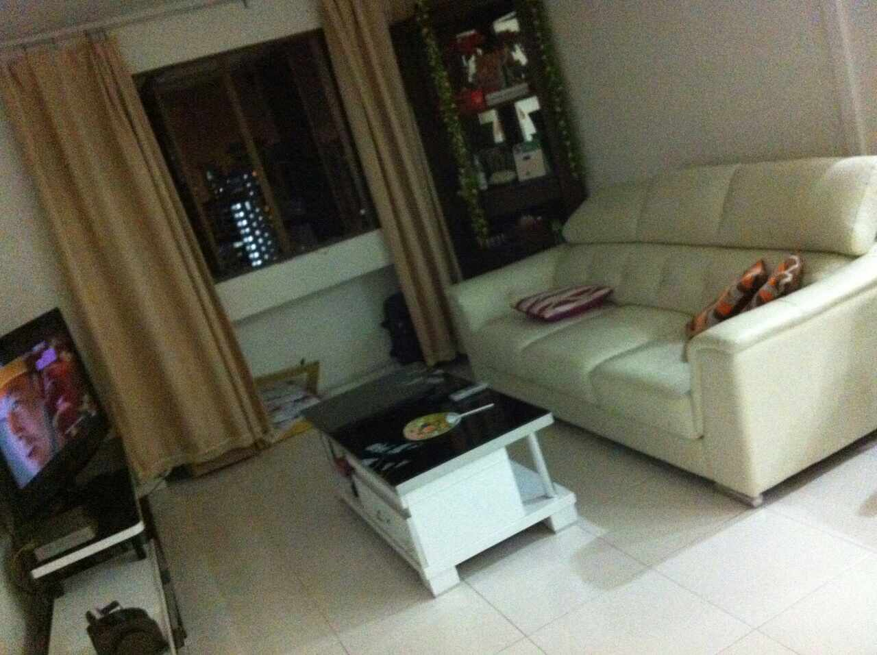 hdb 91875821. Black Bedroom Furniture Sets. Home Design Ideas