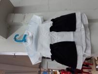 儿童服装低于成本价格出售  免费送货,免费宜家衣架,