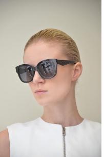 转Dior sunglass (2017款)400元