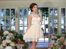 新加坡批发婚纱礼服最低店,全部新款,体验价80-100/一套