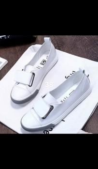 处理新裙子,鞋子,包,有意请联系蒲先生-<img src='./code.php?DR714UyXCKjPDEdpJWFaa8si/aovYFTpA9/VnAa6v7aONcLy' />