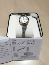 FOSSIL全新正品女式手表 (英国出差带回)-ES3822