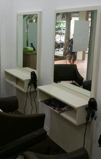 快!快!快!美发镜子,店用热水器,美甲LED,出售!!