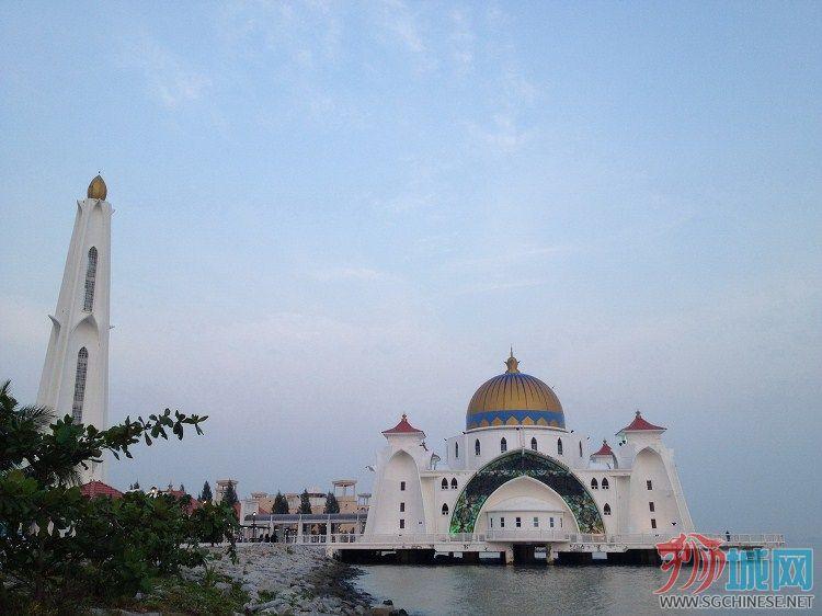 马六甲海边清真寺.jpg