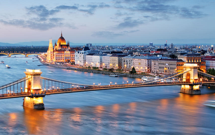 budapest_full_destination.jpg