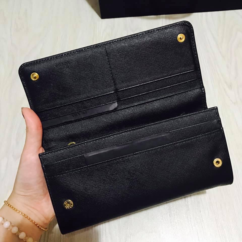 Prada Wallet 2.jpg
