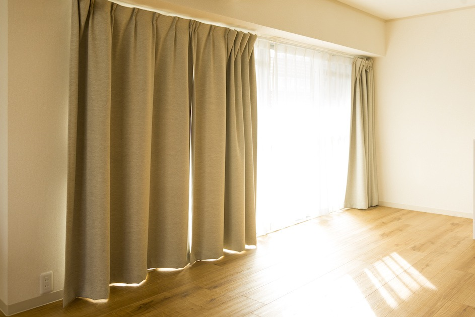 Curtain-Small-1.jpeg