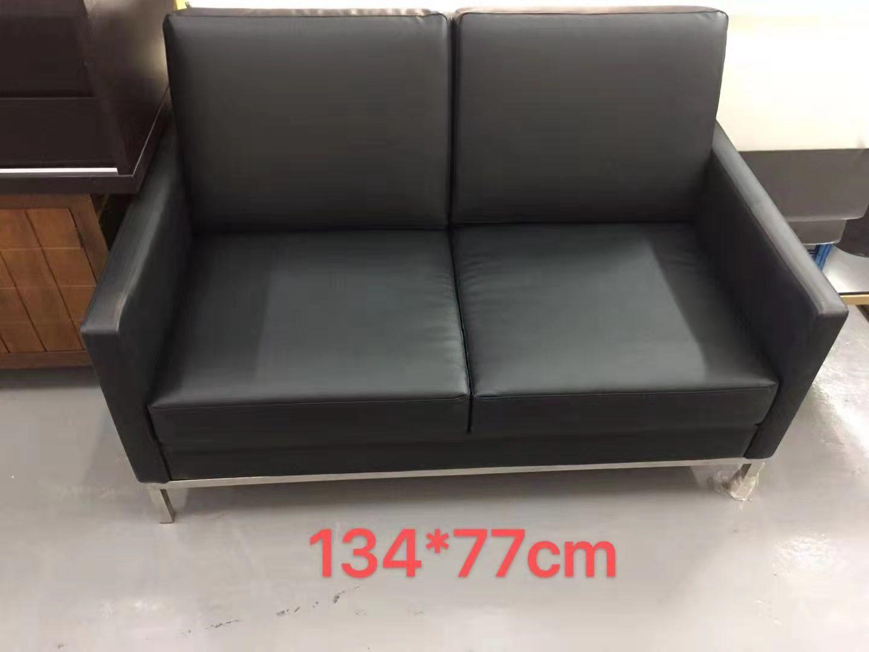 沙发黑皮2位.jpg