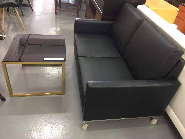 沙发黑皮2位茶几.jpg