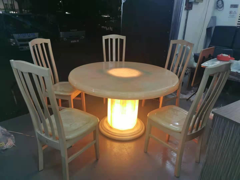 餐桌椅灯.jpg