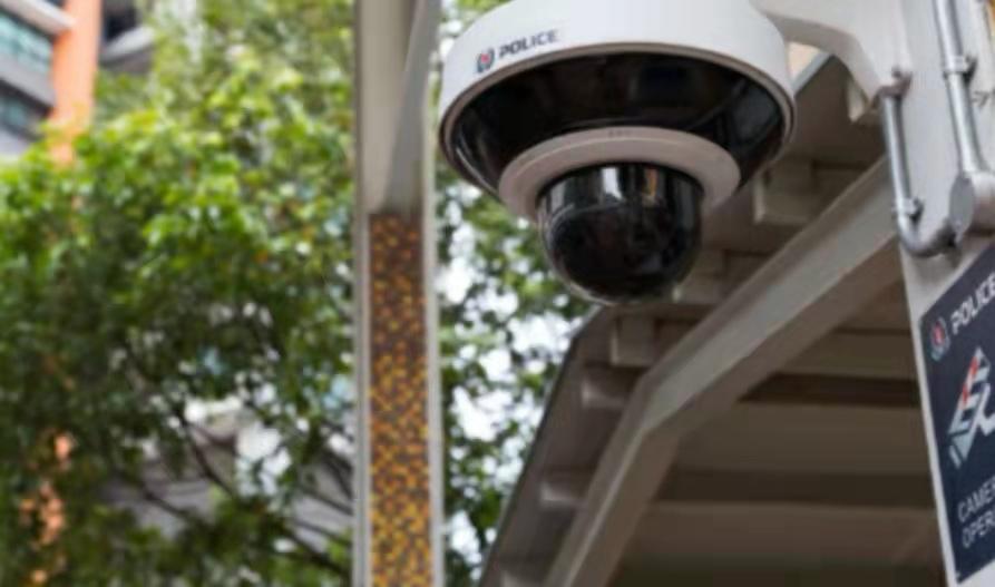 罪犯无处可躲,新加坡全岛安装超九万架警方电眼!