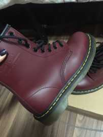 Dr Martens 马丁靴 几乎全新 超低价