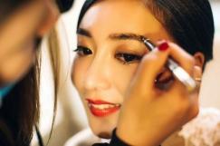 提供各种场合妆容造型