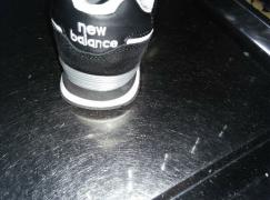 全新Newbalance 跑鞋39码 $50