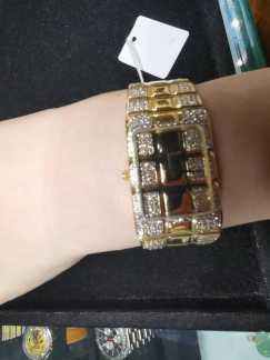出售99成新钻石手表手链