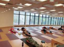 高温瑜伽 排毒出汗减肥