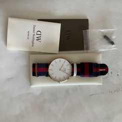 DW 丹尼尔惠灵顿手表 价可商