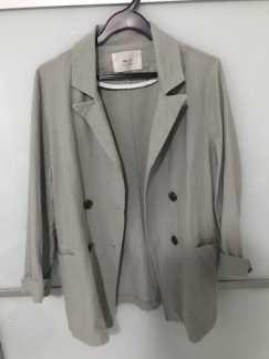 女士休闲西装外套 百搭 灰绿色