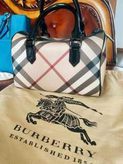 Burberry 手包转售
