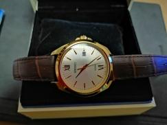 4 个月的 SEIKO 手表 只戴了2次  低价处理 有保修
