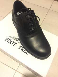 全新黑皮鞋 $25