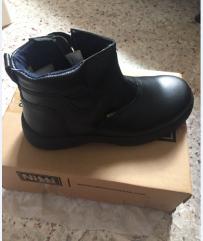工作用劳保鞋 低价出售