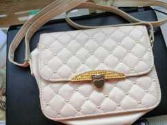 女式小背包 S$8