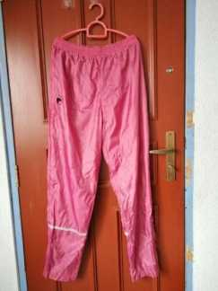 雨裤每条S$8