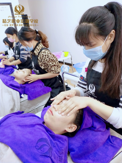肌肤护肤步骤护肤品的使用顺序