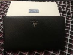 $350出9.99新Prada钱包,100%正品