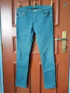 有弹性的牛仔裤S$8