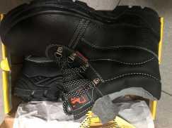 品牌安全鞋出售