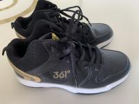 全新361儿童篮球鞋