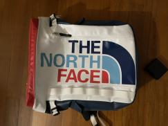 北面 TheNorthFace 双肩包 旅行包 电脑包