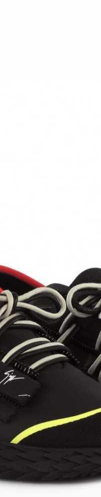 超低价格出售GZ刺猬鞋