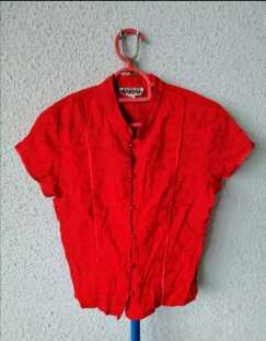 全新红色衬衫S$5