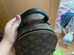 Louis Vuitton小背包