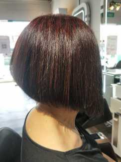美发上门服务剪发,拉直 中国美发师