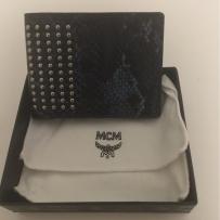 出售一个全新MCM钱包