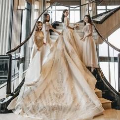 全新 奢华 一字肩拖尾婚纱(香槟色) 附赠头纱 手套 裙撑全套配件