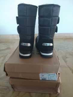 全新棉靴出售