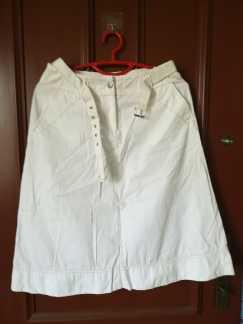 白色短裙 S$5