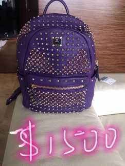 9.9999成新 MCM 紫色铆钉双肩包