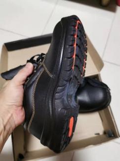 男士全新工作鞋出售