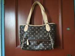 女式手提包S$10