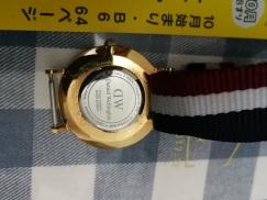 正品DW时尚手表,自己带的低价80新转让