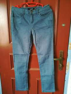 女式牛仔裤S$10