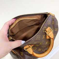 正品lv女包 一款背包 一款手提包