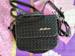 女式小背包,S$8
