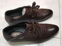 意大利老爷车(Jalopy)男式皮鞋(全新,39码,S$10; 已售)